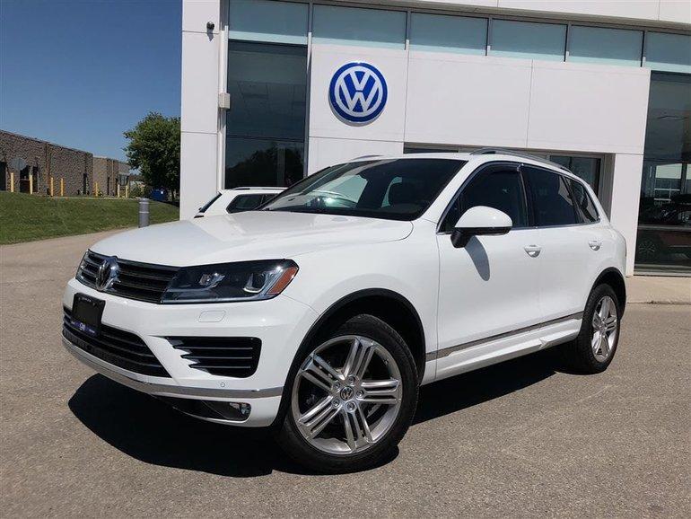2017 Volkswagen Touareg Execline w/ R-Line