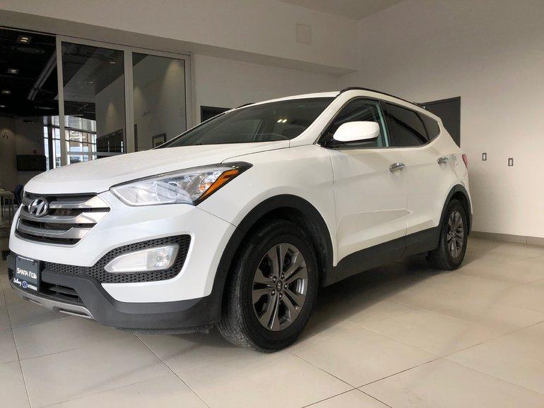 2016 Hyundai Santa Fe 2.4L - BLUETOOTH! A/C!