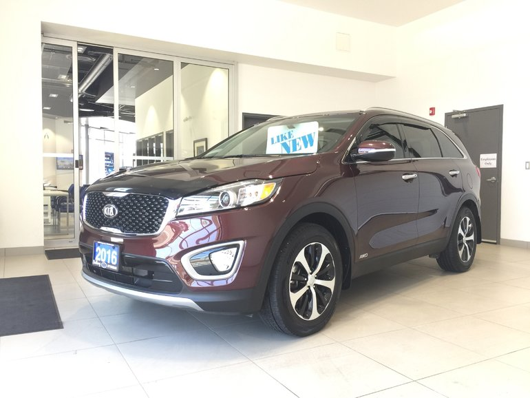 2016 Kia Sorento 2.0L TURBO EX AWD - LOADED! HEATED LEATHER!