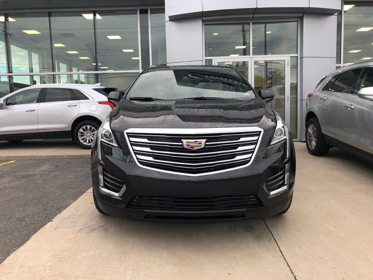 New 2019 Cadillac Xt5 Base Bluetooth Heated Seats 339 12 B W