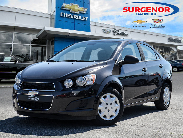 Chevrolet Sonic LS SEDAN 2013