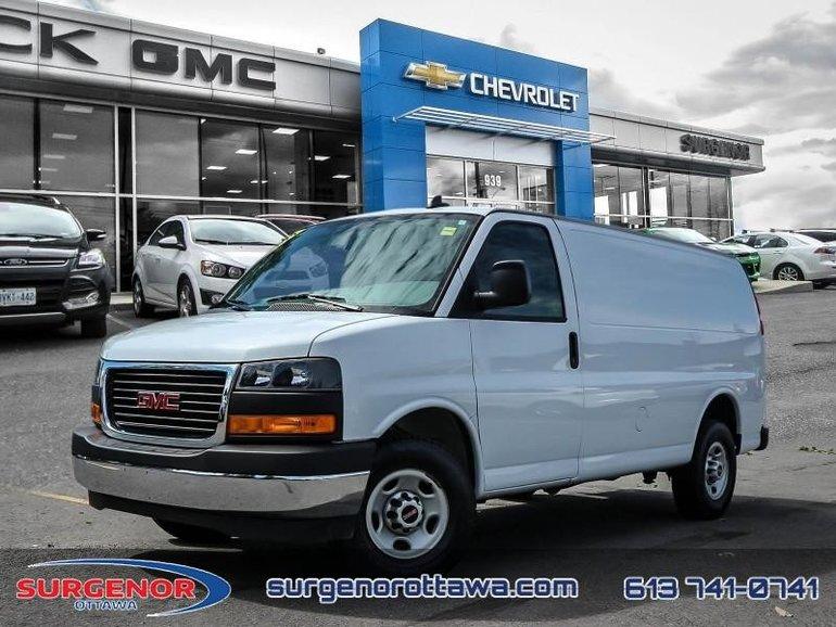 GMC Savana Cargo Van 135