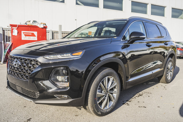 2019 Hyundai Santa Fe PREFERRED w/ Dark Chrome Exterior Accents
