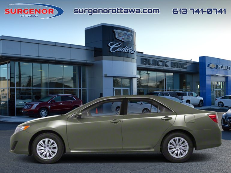 2012 Toyota Camry 4-door Sedan XLE  - $102 B/W
