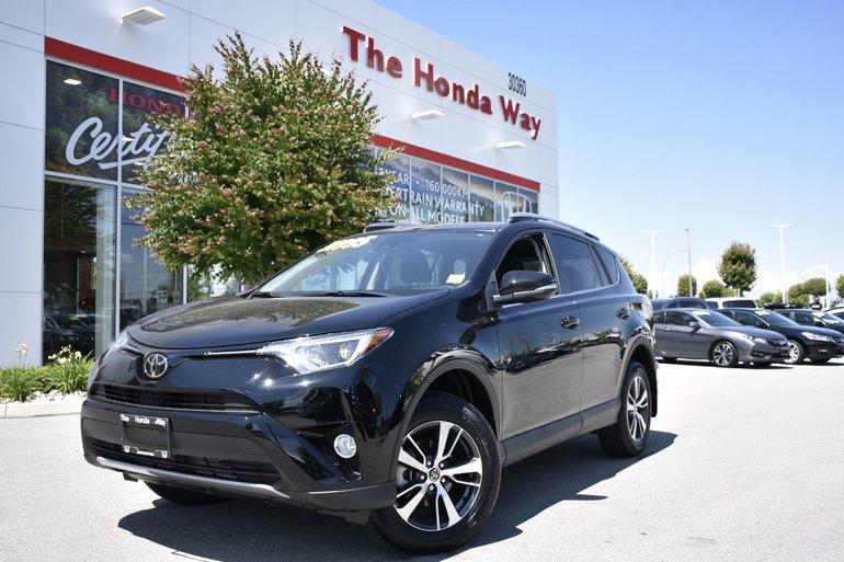2018 Toyota RAV4 XLE - BLUETOOTH, B/U CAMERA, HEATED SEATS