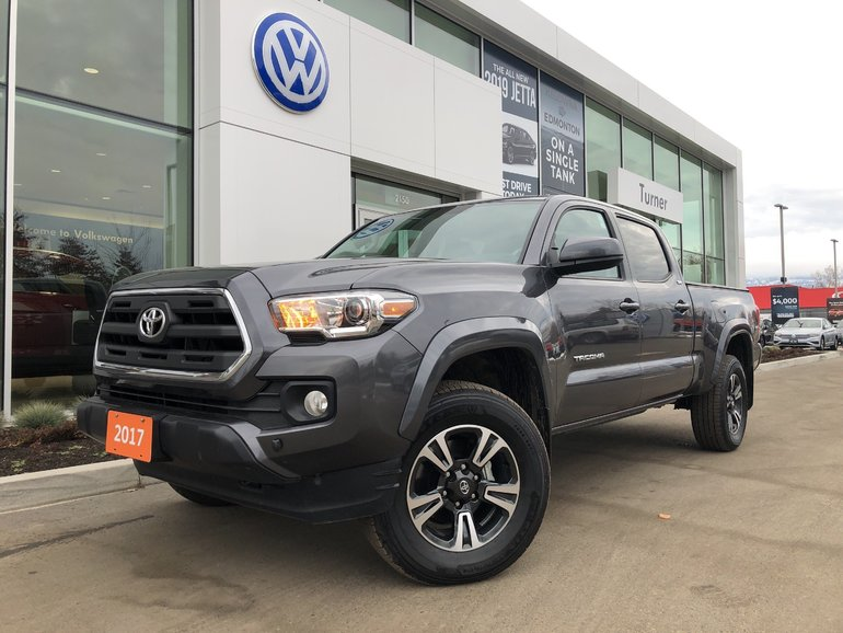 2017 Toyota Tacoma SR5 Duel Cab 4X4 No Accidents
