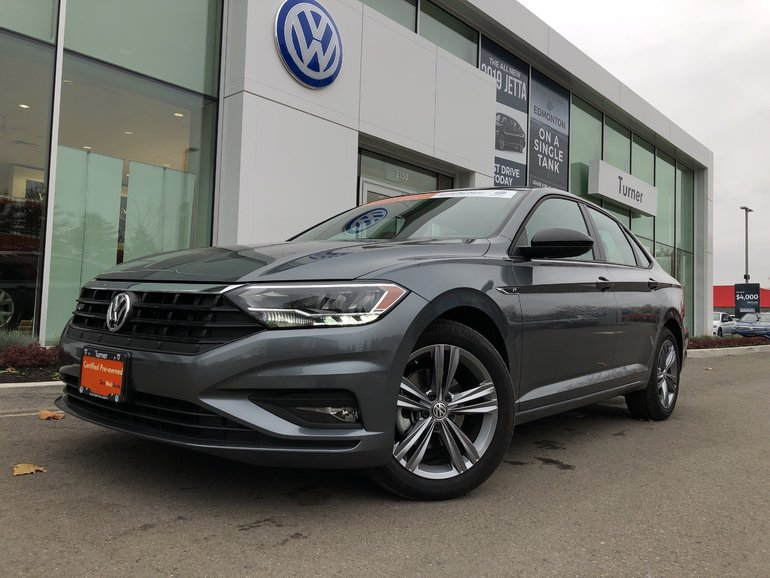 2019 Volkswagen Jetta New body style, low kms, well equipped