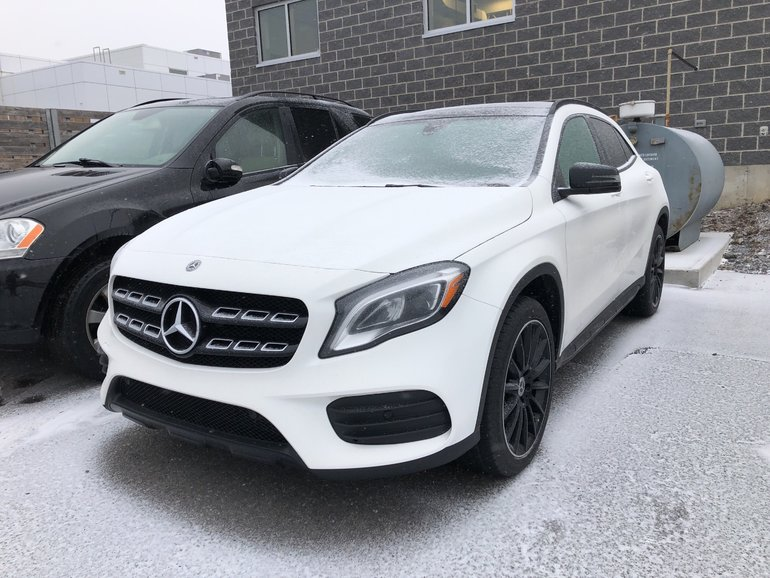 Mercedes-Benz GLA250 4MATIC SUV 2019