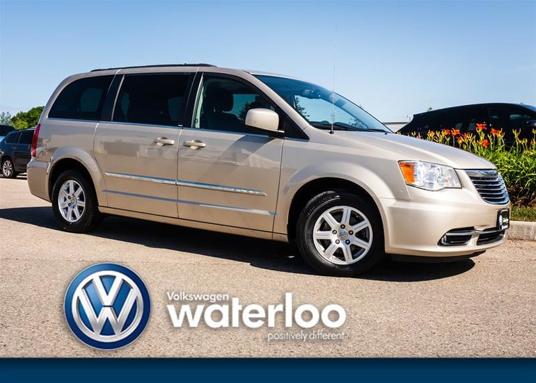 2012 Chrysler Town and Country Touring Wagon