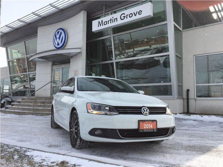 2014 Volkswagen Jetta HIGHLINE...NAVI..POWER SUNROOF..LEATHER