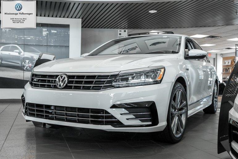 2018 Volkswagen Passat 2.0 TSI Highline/R-LINE/LEATHER/ROOF