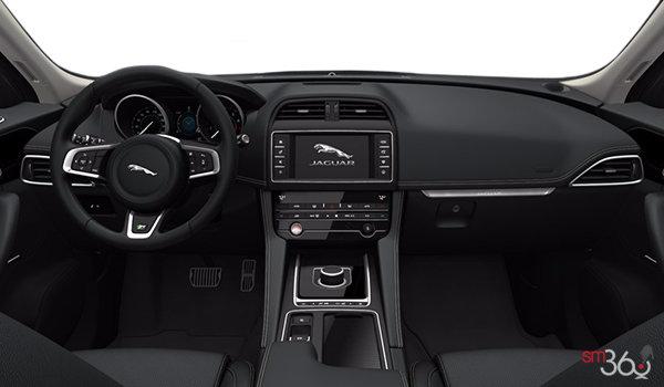 2018 Jaguar F-Pace 30t AWD R-Sport - Interior
