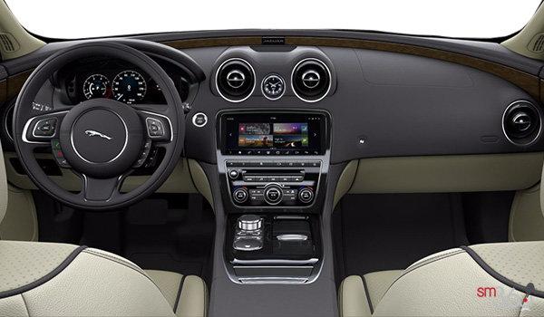 2018 Jaguar XJ 3.0L V6 AWD R-Sport - Interior
