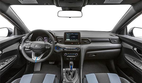 2019 Hyundai Veloster 2.0L AUTO