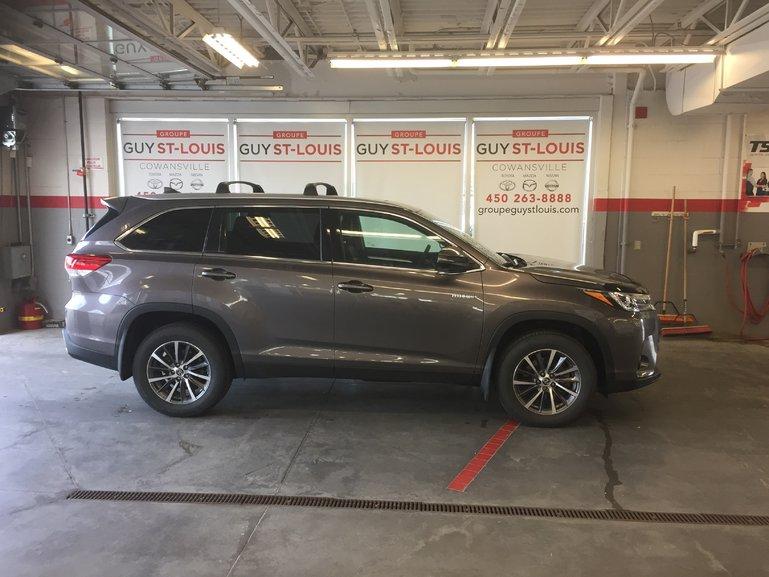 Toyota Highlander Hybrid XLE 2019
