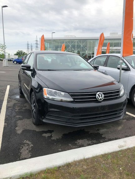 Groupe Lauzon Pre Owned 2016 Volkswagen Jetta 1 8t Sport For Sale In