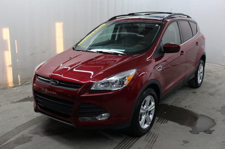 2015 Ford Escape SE; Sync; Toit panoramique; My Ford Touch