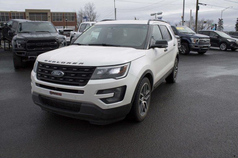 2016 Ford Explorer Sport; toit ouvrant; régulateur adaptatif