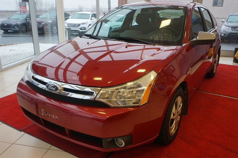 Ford Focus SE-BLUETOOTH-MAG-SIÈGE CHAUFFANTS-TRÈS BAS KILO 2011