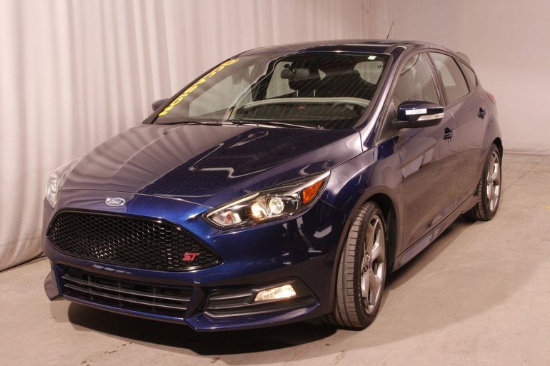 Ford Focus ST MANUEL TECH PACKAGE NAV+CAM  MAGS 2017
