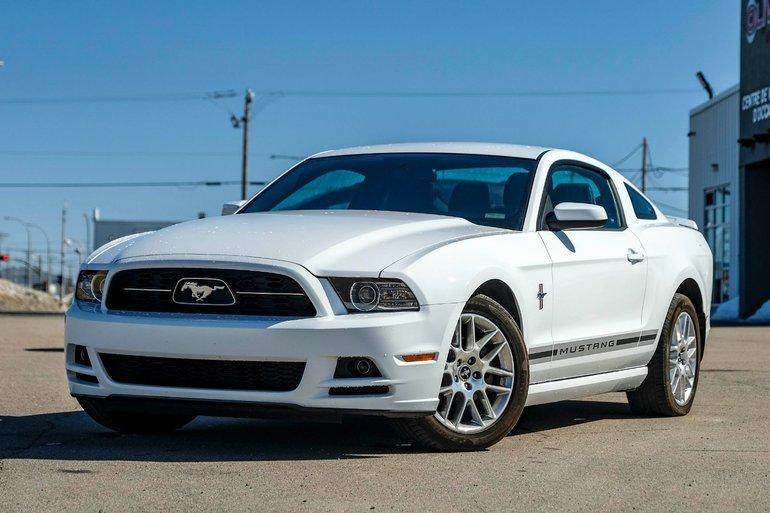 Ford Mustang Premium 2D COUPÉ 2014