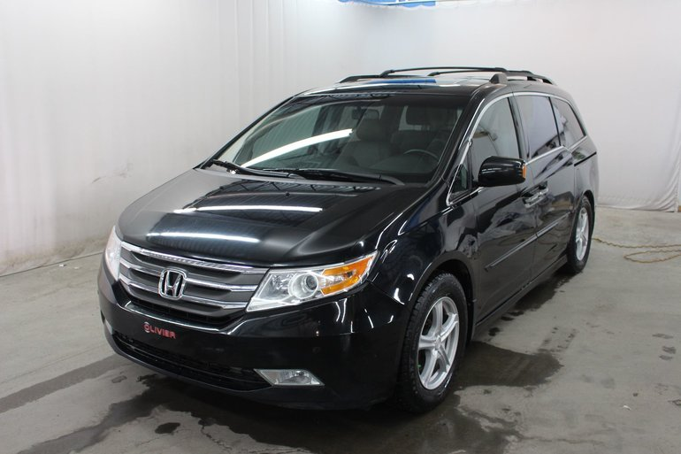 Honda Odyssey Touring ; CUIR ; DVD ; COMMANDES AU VOLANT 2013
