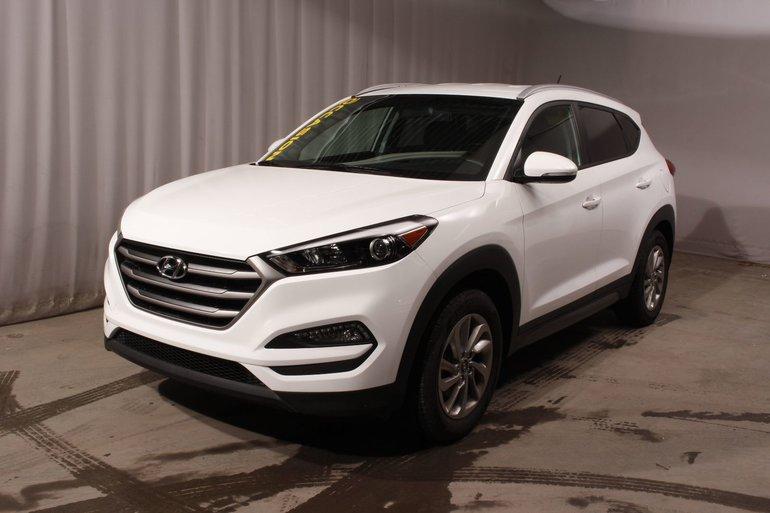 Hyundai Tucson Premium ; Tissu ; Pneus d'hiver ; Bas KM 2016