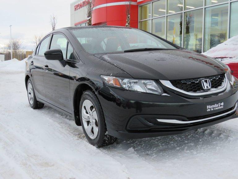 Honda Civic Sedan LXMANUELLE 2014