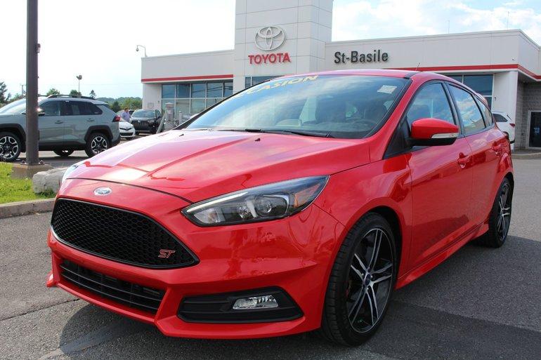 Ford Focus ST MAGS  GPS CUIR SIEGES RECARO CAMERA RECUL 2016