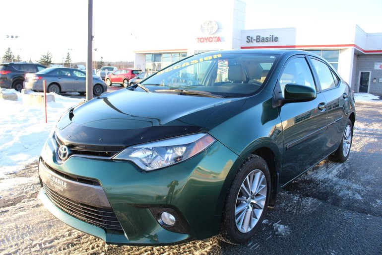 Toyota Corolla LE + TOIT OUVRANT MAGS PHARES A BRUME BLUETOOTH 2015