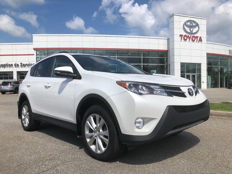 Toyota RAV4 Limited-Tech. 2015