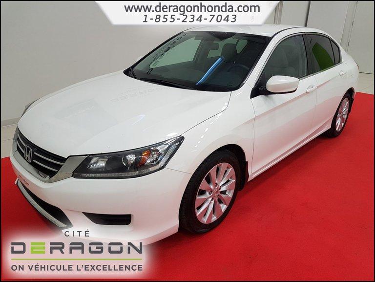 Honda Accord Sedan LX 2.4L + CAMERA DE RECUL + BLUETOOTH 2013