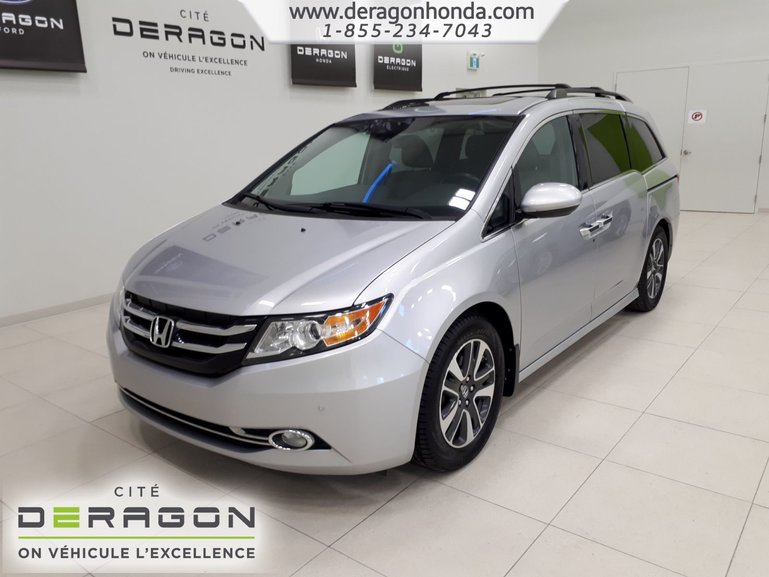 Honda Odyssey TOURING + 8 PASSAGERS + NAVIGATION + TOUT EQUIPE 2015