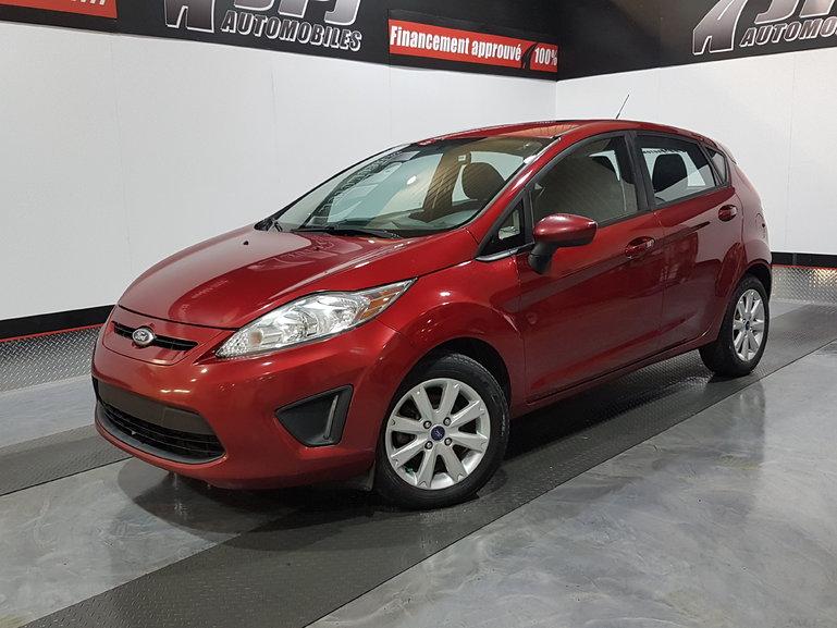 Ford Fiesta SE-PNEUS HIVER-A/C-MAGS-TOIT -JAMAIS ACCIDENTE 2013
