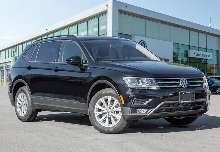 new 2018 volkswagen tiguan trendline 2 0 8sp at w tip 4motion deep black pearl. Black Bedroom Furniture Sets. Home Design Ideas