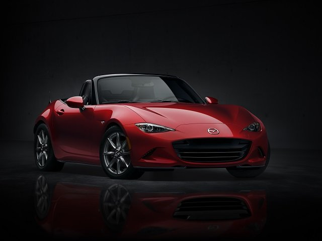 2017 Mazda MX-5: The Time to Enjoy Summer Has Finally Arrived!