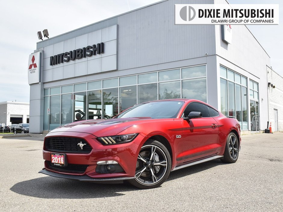 2016 Ford Mustang Coupe GT Premium in Mississauga, Ontario - w940px
