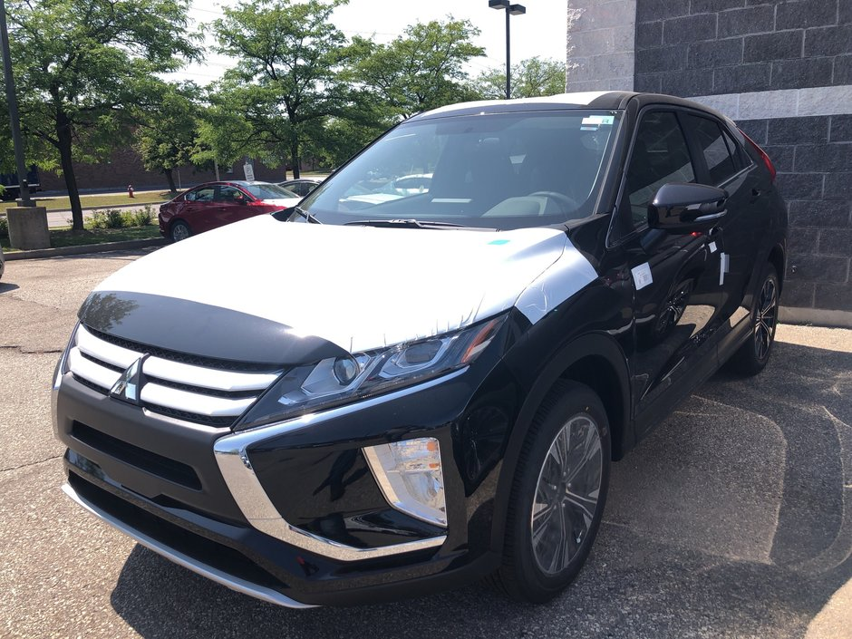 2020 Mitsubishi ECLIPSE CROSS ES S-AWC in Mississauga, Ontario - w940px