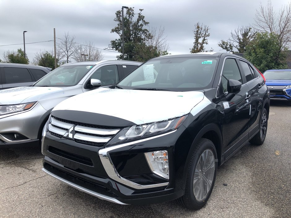 2020 Mitsubishi ECLIPSE CROSS SE S-AWC in Mississauga, Ontario - w940px