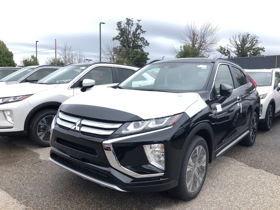 2020 Mitsubishi ECLIPSE CROSS GT S-AWC in Mississauga, Ontario - w940px