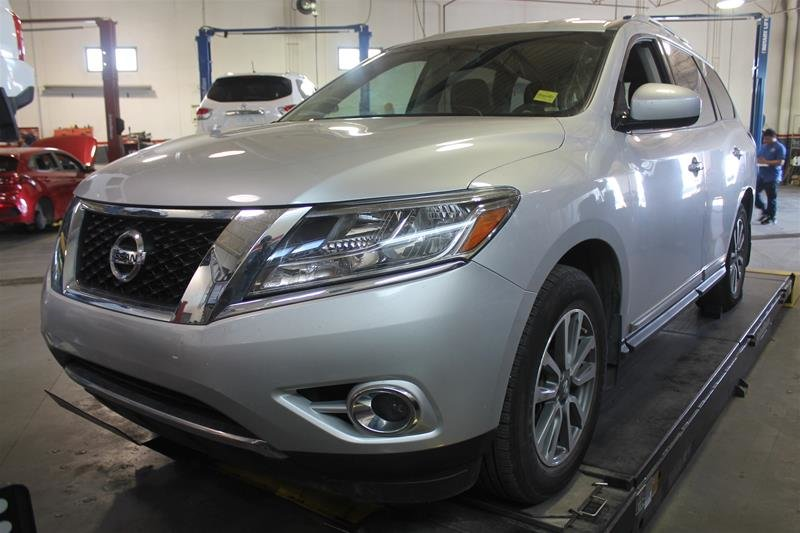 2013 Nissan Pathfinder SL V6 4x4 at in Regina, Saskatchewan - w940px