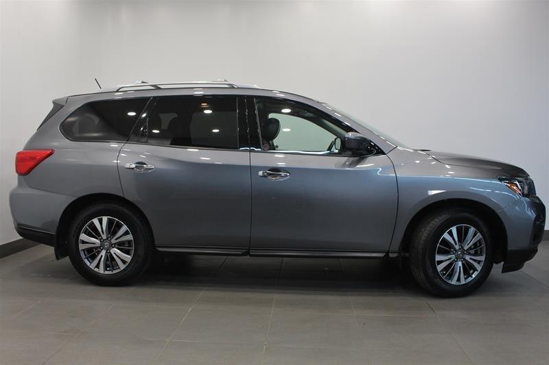 2018 Nissan Pathfinder SL Premium V6 4x4 at in Regina, Saskatchewan - w940px