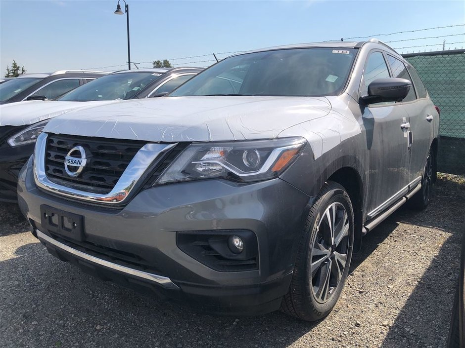 2018 Nissan Pathfinder Platinum V6 4x4 at in Vancouver, British Columbia - w940px