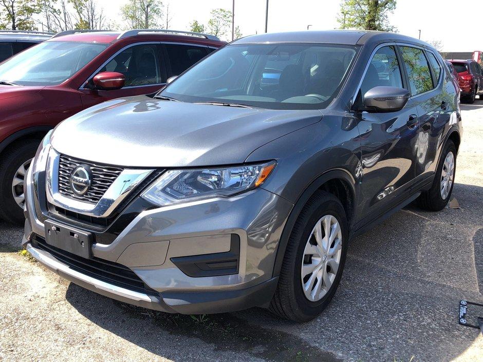 2018 Nissan Rogue S FWD CVT in Mississauga, Ontario - w940px