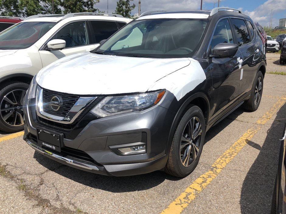 2020 Nissan Rogue SV AWD CVT in Mississauga, Ontario - w940px