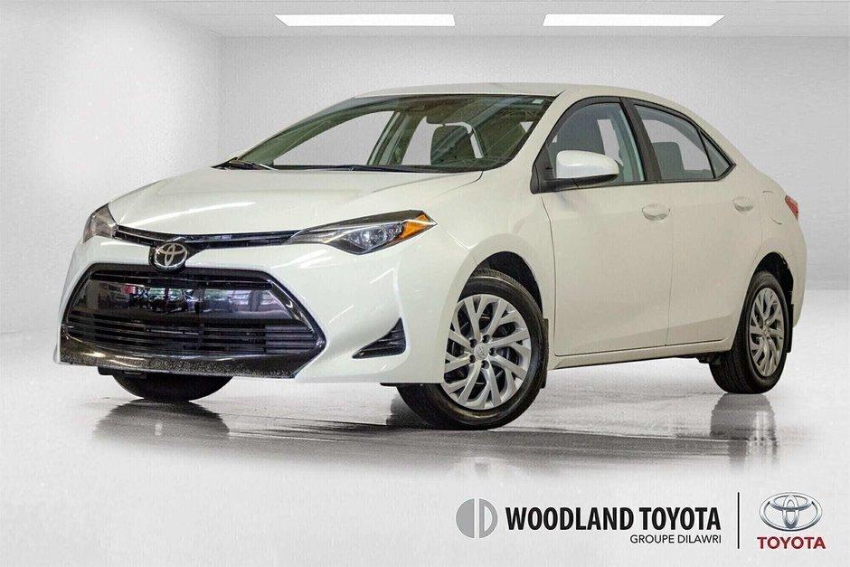 2018 Toyota Corolla LE / Caméra / Bluetooth / Sièges chauffants / Air in Verdun, Quebec - w940px