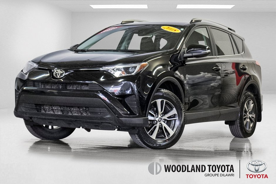 Toyota RAV4 LE/ AWD /Bluetooth / Caméra / Sièges Chauffants 2018 à Verdun, Québec - w940px
