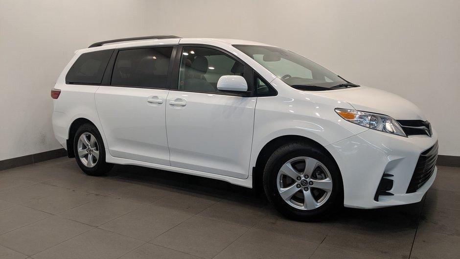 2019 Toyota Sienna LE 8-Passenger V6 in Regina, Saskatchewan - w940px