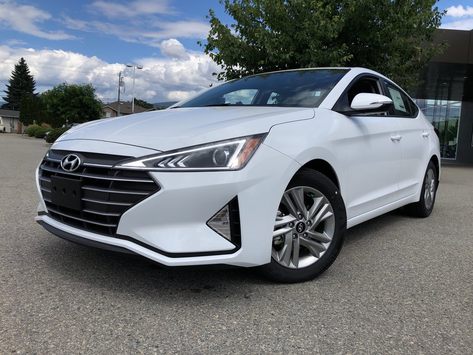 Sentes Automotive | 2020 Elantra Sedan Preferred IVT Sun and