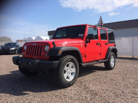 Model{id=2848, name='Wrangler Unlimited', make=Make{id=590, name='Jeep', carDealerGroupId=4, catalogMakeId=34}, organizationIds=[1, 2, 4, 5, 6, 7, 9, 10, 12, 13, 14, 15, 16, 17, 19, 20, 21, 22, 23, 24, 30, 31, 32, 35, 38, 39, 41, 42, 43, 44, 47, 49, 50, 51, 52, 53, 54, 57, 60, 65, 67, 71, 74, 82, 84, 86, 91, 92, 94, 95, 96, 97, 98, 99, 100, 101, 102, 105, 106, 107, 108, 109, 110, 112, 113, 114, 115, 117, 123, 125, 126, 129, 132, 135, 138, 147, 149, 150, 153, 154, 156, 158, 160, 162, 163, 164, 166, 167, 169, 170, 173, 176, 177, 180, 181, 182, 183, 184, 186, 187, 189, 191, 198, 200, 202, 203, 205, 209, 210, 212, 213, 217, 218, 219, 220, 221, 222, 223, 224, 225, 227, 229, 230, 231, 233, 236, 237, 243, 244, 246, 247, 249, 251, 253, 254, 255, 256, 258, 260, 261, 262, 263, 269, 272, 274, 275, 276, 278, 280, 283, 284, 288, 289, 290, 294, 295, 296, 300, 303, 304, 311, 312, 313, 314, 320, 321, 322, 323, 327, 332, 333, 338, 343, 344, 345, 351, 352, 354, 357, 358, 361, 372, 377, 380, 382, 383, 386, 390, 395, 400, 402, 410, 411, 414, 415, 425, 434, 435, 437, 439, 440, 445, 446, 457, 458, 464, 470, 476, 481, 489, 497, 499, 508, 517, 518, 530, 533, 540, 546, 547], catalogModelId=848}
